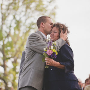 emotional-mother-of-the-bride-photos-20110409-003