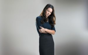 evangeline-lilly-woman-dress-brunette-looking-down-arms-crossed-2560x1600